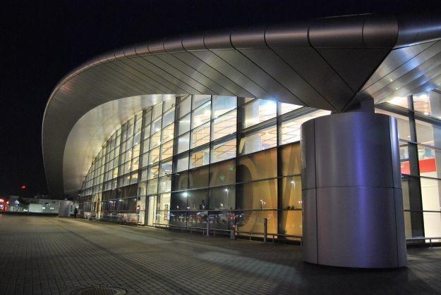 Aktualności Rzeszów | Przywrócono kontrolę graniczną na lotnisku w Jasionce