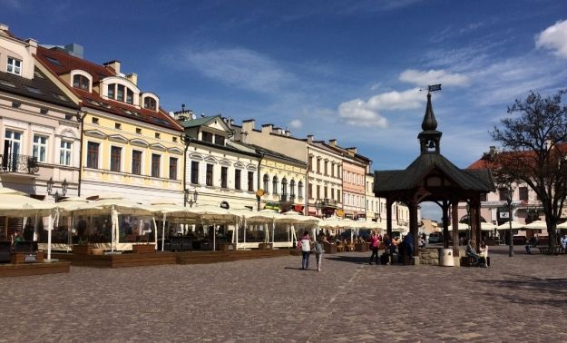 Aktualności Rzeszów | Punkt doradztwa na rzeszowskim Rynku. Jakie porady będą udzielane?