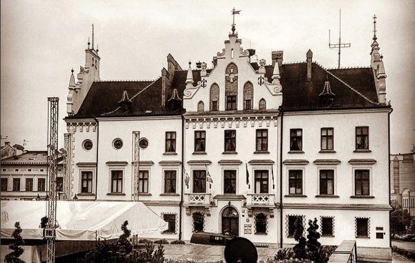 Aktualności Rzeszów | Rzeszów zyska nową wizytówkę? Zgoda radnych na zagospodarowanie Kopca Konfederatów Barskich