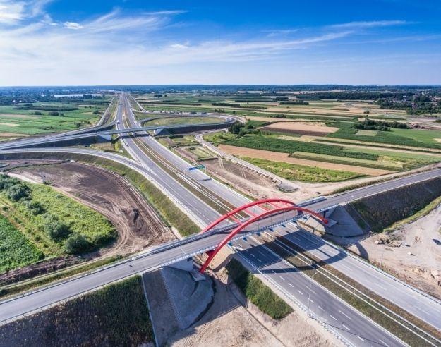 Aktualności Rzeszów | Najdłuższa autostrada w Polsce już przejezdna. Odcinek A4 Rzeszów – Jarosław oddany do użytku