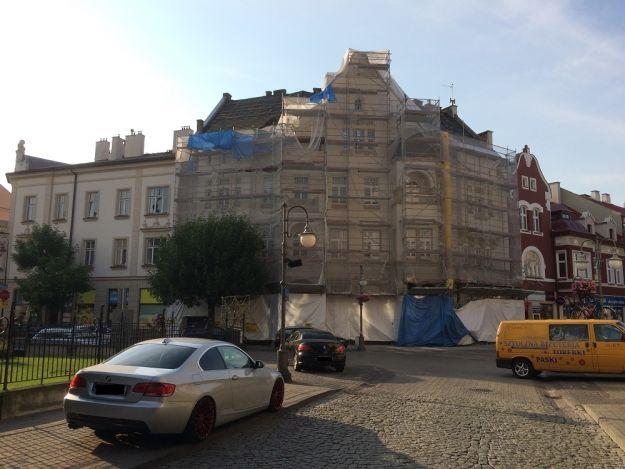 Aktualności Rzeszów | Trwają prace remontowe przy kamienicy na ul. 3 Maja. Budynek odzyska dawny wygląd