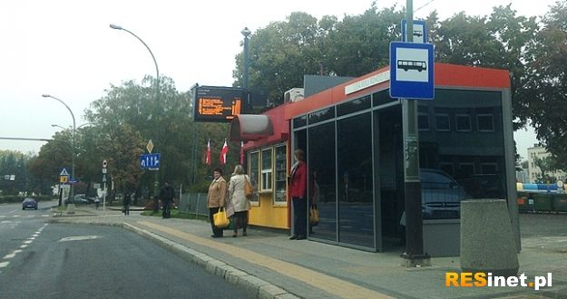 Aktualności Rzeszów | Nowoczesny przystanek przy ul. Lisa Kuli. To nie koniec innowacyjnych wiat w naszym mieście