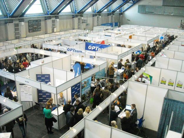 Aktualności Rzeszów | Szukasz pracy? Odwiedź Europejskie Targi Pracy na Podpromiu