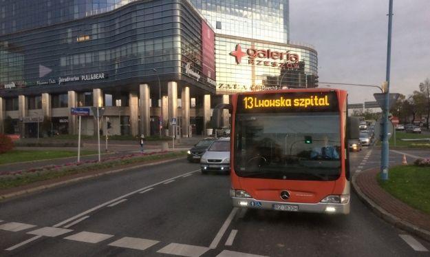 Aktualności Rzeszów | Wakacyjna oferta biletowa. Dzieci, młodzież szkolna i studenci mogą jeździć autobusami taniej