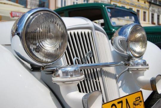 Aktualności Rzeszów | Zabytkowe pojazdy zawitają do Millenium Hall