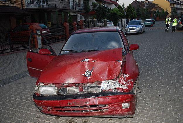 Aktualności Podkarpacie | Pijany kierowca uszkodził zaparkowane pojazdy