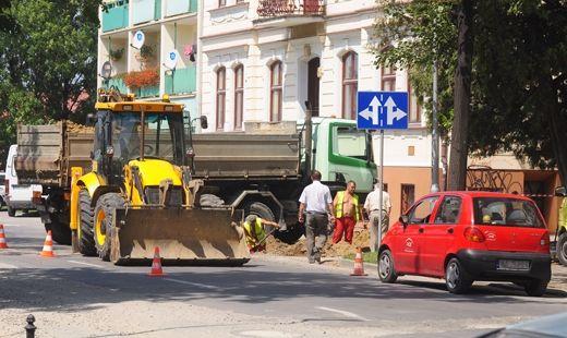 Aktualności Rzeszów | Sześć firm chce kłaść nawierzchnię na ul Jałowego