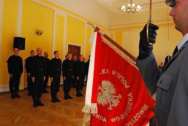 Aktualności Rzeszów | 22 nowych funkcjonariuszy policji w Rzeszowie