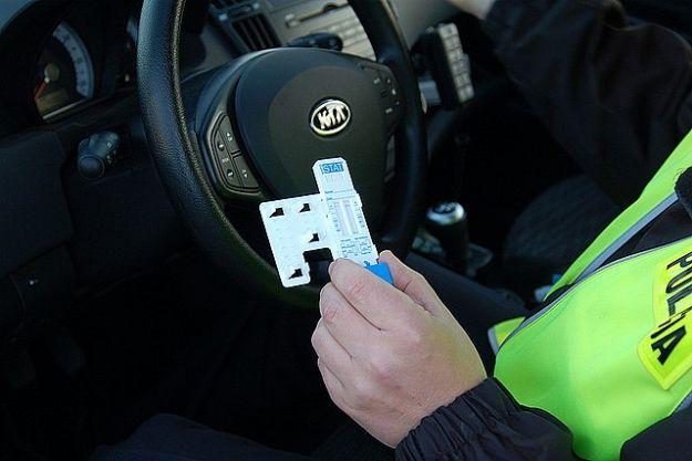 Aktualności Podkarpacie | Policjanci sprawdzają trzeźwość kierowców