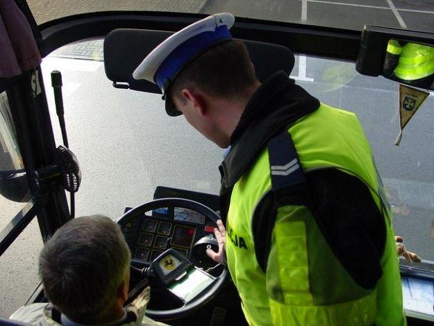 Aktualności Podkarpacie | Policja kontroluje busy