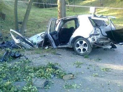 Aktualności Rzeszów | 3 osoby zginęły w wypadku w Niechobrzu