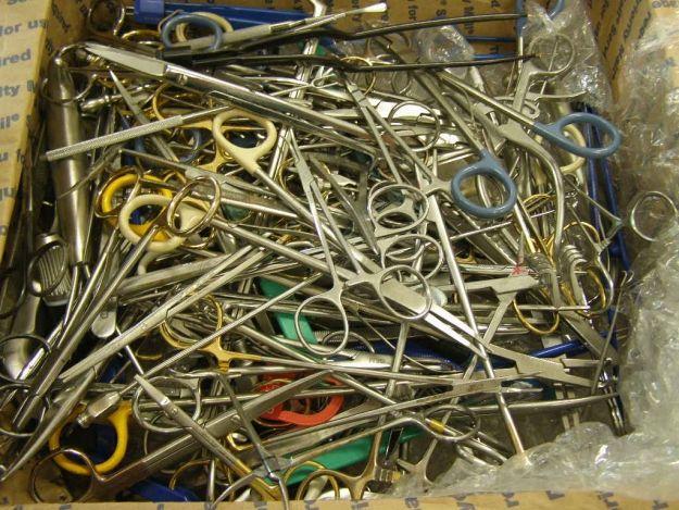 Aktualności Podkarpacie | Zatrzymano przesyłki z niebezpiecznymi narzędziami chirurgicznymi