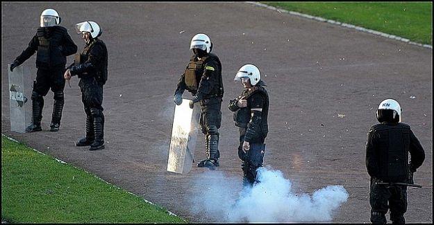 Aktualności Podkarpacie | Przemyska Policja zatrzymała 4 kibiców