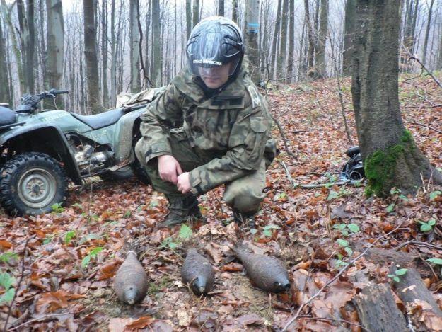 Aktualności Podkarpacie | Rzeszowski turysta znalazł granaty w Bieszczadach
