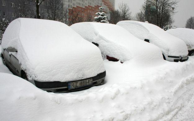 Aktualności Podkarpacie | Za odśnieżanie auta też można dostać mandat