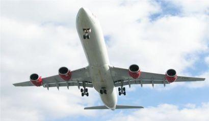 Aktualności z Kraju | Eurolot przejmuje krajowe połączenia PLL LOT