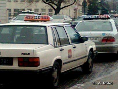 Aktualności Rzeszów | Rzeszowskie taksówki będą srebrne?