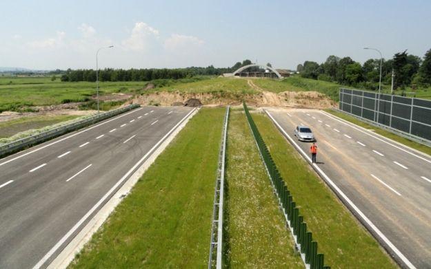 Aktualności Rzeszów | Autostrada jest, węzłów brak
