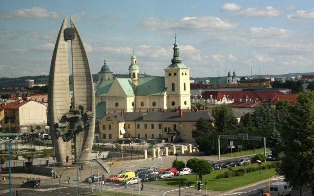 Aktualności Rzeszów | Miasto zajmie się pomnikiem?