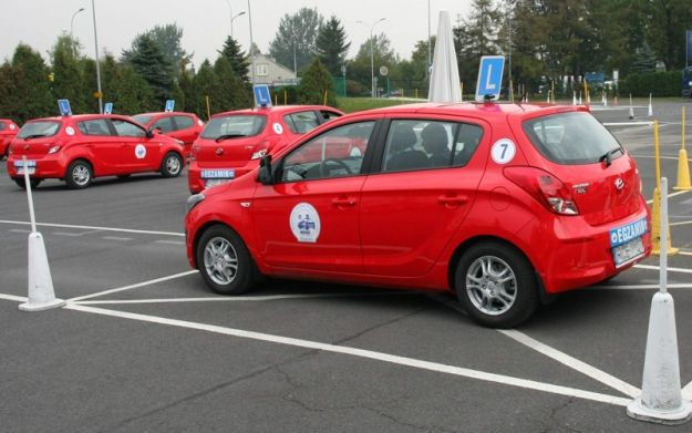 Aktualności Podkarpacie | Nowe samochody zachęcą kursantów?