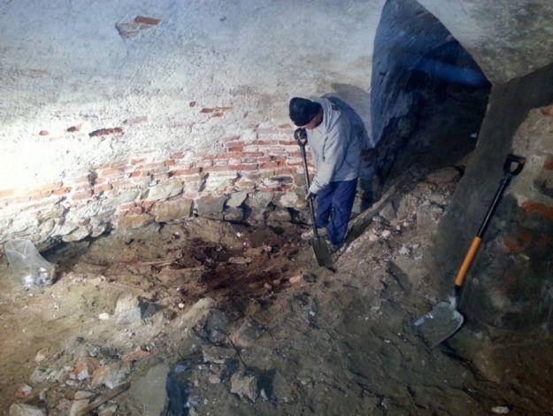 Aktualności Podkarpacie | Czyje szczątki odnaleziono w przemyskiej archikatedrze?