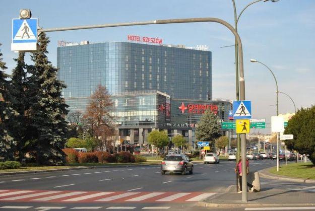 Aktualności Rzeszów | Wypełnij PIT w galerii handlowej