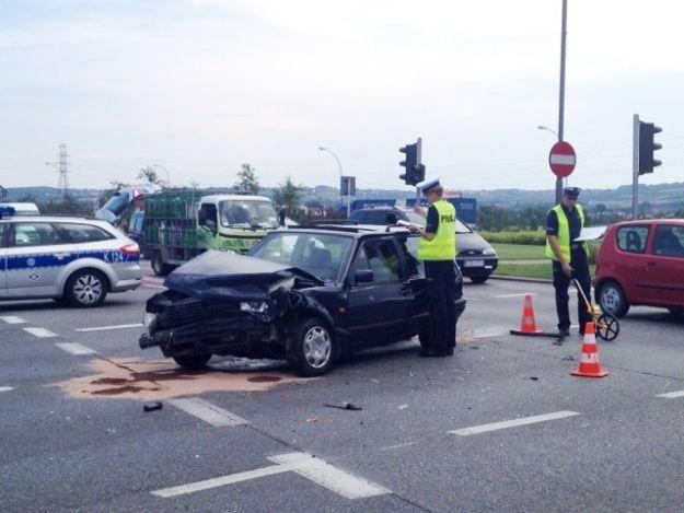 (FOTO) Wypadek na Al. Rejtana - Aktualności Rzeszów
