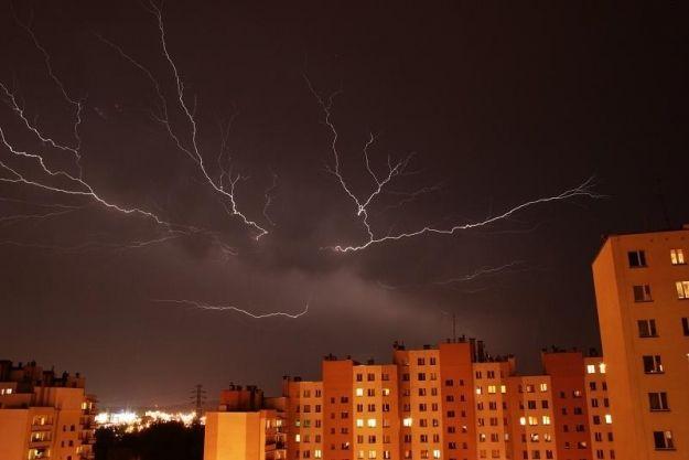 Możliwe opady gradu i burze - Aktualności Podkarpacie