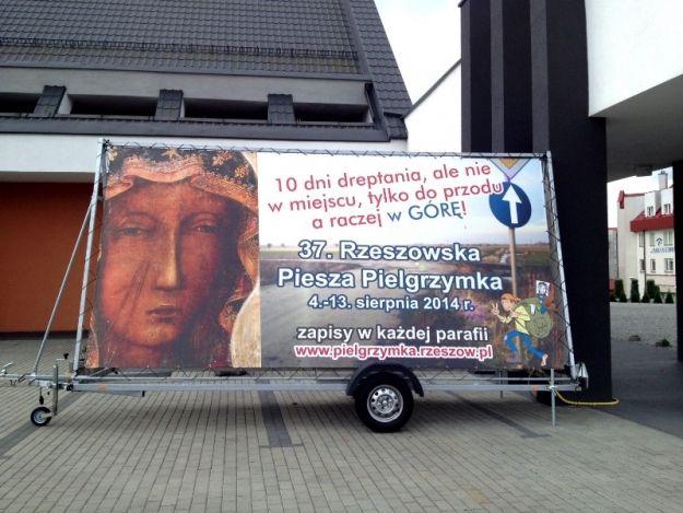 Wyruszyła Rzeszowska Piesza Pielgrzymka  na Jasną Górę - Aktualności Rzeszów