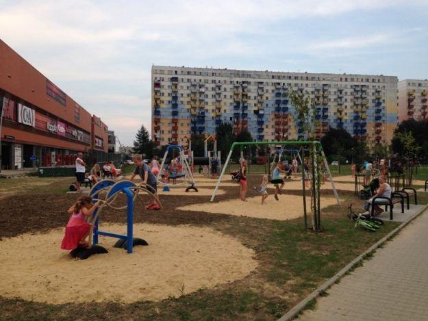 Dziś oficjalne otwarcie nowego placu zabaw - Aktualności Rzeszów