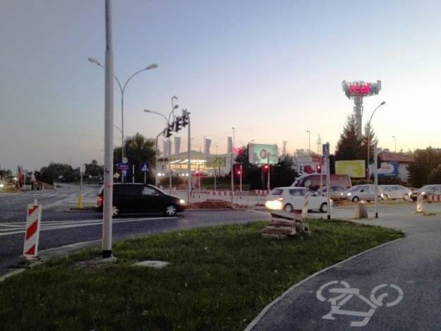 Nieczynne przejście dla pieszych na Al. Witosa - Aktualności Rzeszów