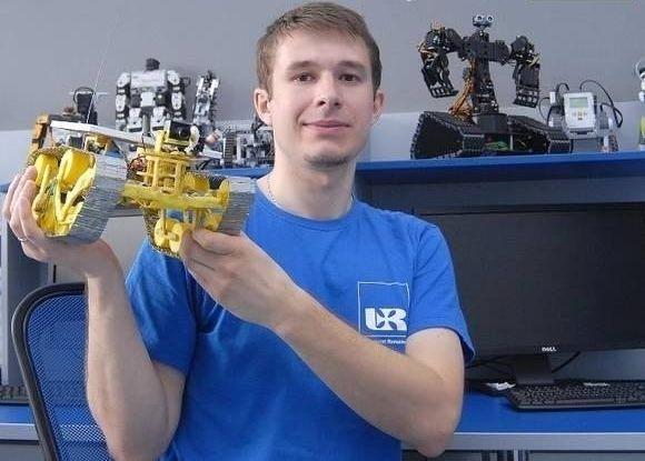 Student Uniwersytetu Rzeszowskiego skonstruował robota! - Aktualności Rzeszów