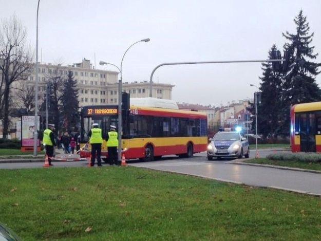 Autobus potrącił pieszego przy rondzie Dmowskiego - Aktualności Rzeszów