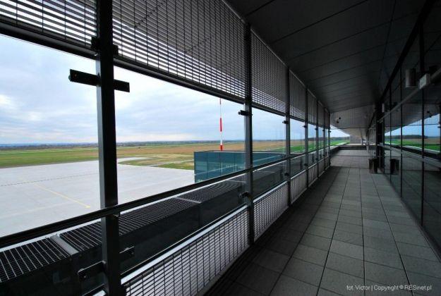 Uciekinier odnaleziony na rzeszowskim lotnisku - Aktualności Rzeszów
