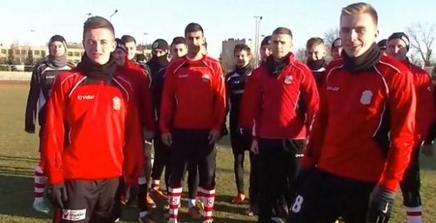 Piłkarze Resovii zachęcają do kupna karnetu na rundę wiosenną - Aktualności Rzeszów