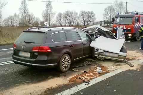 Śmiertelny wypadek w Górnie. Nie żyje kierowca uno - Aktualności Rzeszów