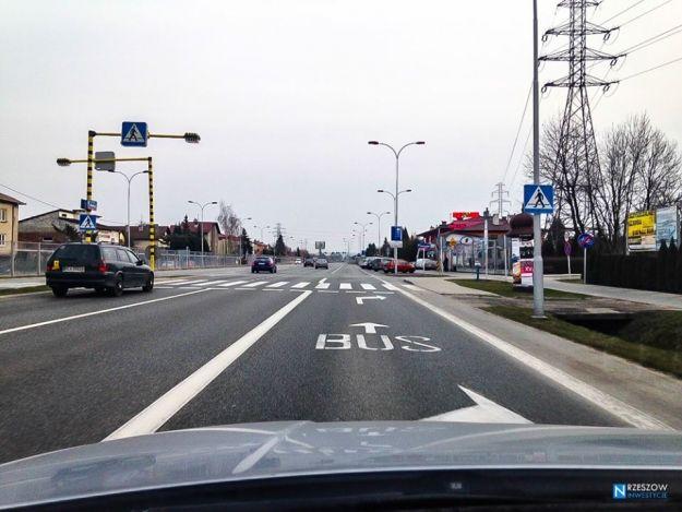Opóźnienia w malowaniu buspasów - Aktualności Rzeszów