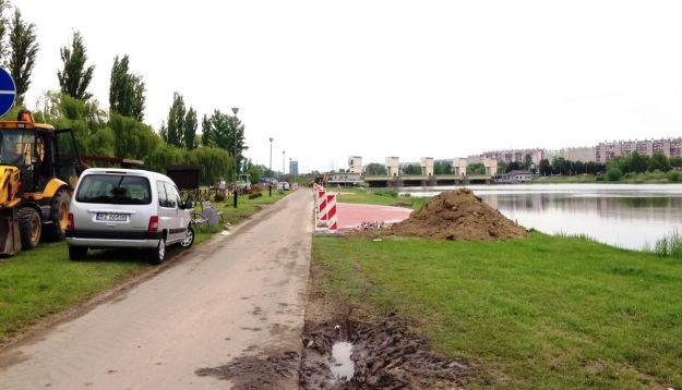 Trwają roboty nad rozbudową ścieżek rowerowych nad Wisłokiem - Aktualności Rzeszów