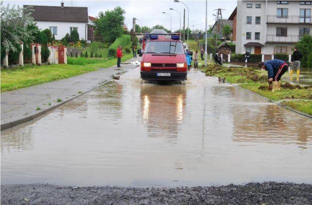 Ostrzeżenie! Intensywne opady deszczu i wzrost poziomu wód na Podkarpaciu - Aktualności Podkarpacie