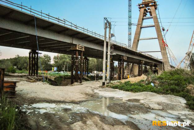 Zobacz, jak przebiega budowa największego mostu w Rzeszowie - Aktualności Rzeszów