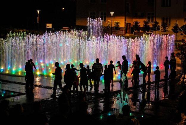 Uwaga mieszkańcy! Zmiana dnia pokazu specjalnego multimedialnej fontanny - Aktualności Rzeszów