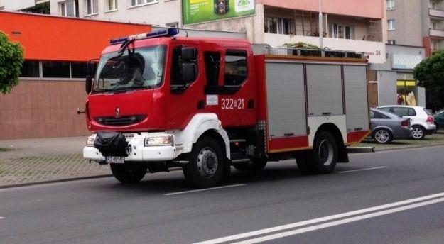 Pożar przy ul. Kwiatkowskiego. Zamknięto fragment ulicy - Aktualności Rzeszów