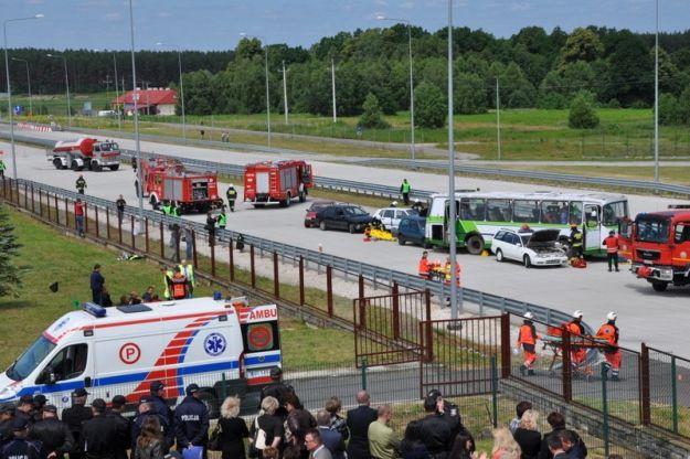 Katastrofa drogowa z dużą liczbą poszkodowanych na przejściu granicznym w Korczowej - Aktualności Podkarpacie