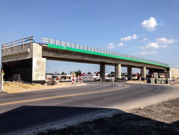 Zmiany w planach dotyczących rozbudowy drogi lotniskowej. Będzie turborondo - Aktualności Rzeszów