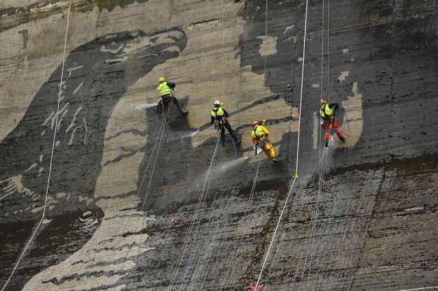 FOTO. Nad Soliną powstał jeden z największych murali na świecie - Aktualności Podkarpacie