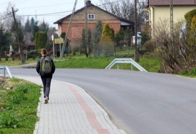 W Boguchwale powstał ekologiczny chodnik - Aktualności Rzeszów