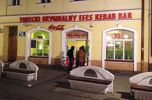 Zamiast baru z kebabem, galeria. Artyści przejmują lokal na 3 Maja - Aktualności Rzeszów