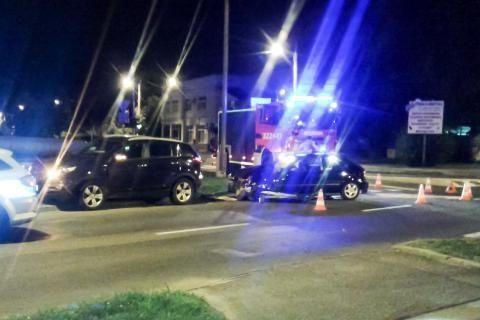 Wypadek na skrzyżowaniu Niepodległości i Mieszka I - Aktualności Rzeszów