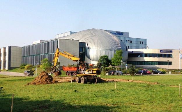 Maszyny budowlane wjechały na teren Politechniki. Rusza budowa nowej drogi - Aktualności Rzeszów