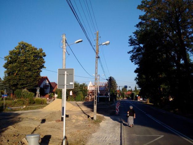 FOTO. Rozpoczął się kolejny remont drogowy w Rzeszowie. Przebudowują rondo przy Staromiejskiej - Aktualności Rzeszów